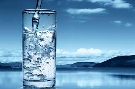 chistaya-voda-v-kachestve-dejstvennogo-sredstva-dlya-poxudeniya